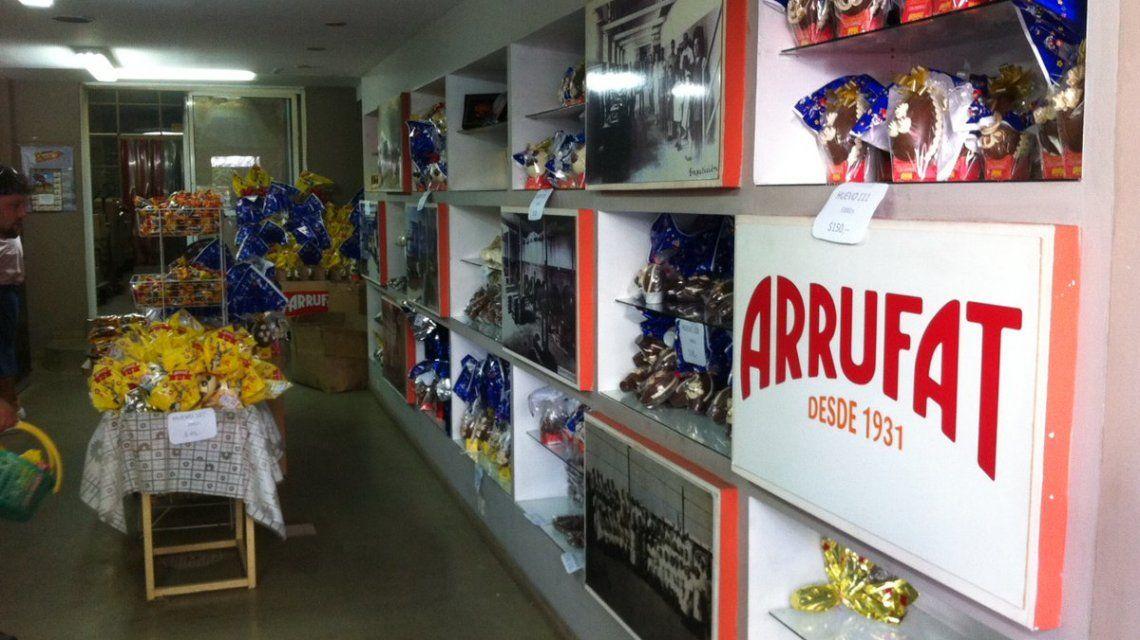 El salón de ventas de Arrufat está en el acceso por Tres Arroyos 764