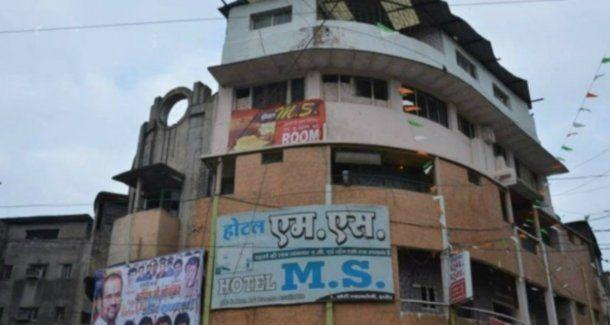 Así se veía el hotel de cuatro pisos que colapsó en Indore, India