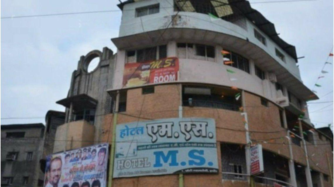 Así se veía el hotel de cuatro pisos que colapsó en Indore