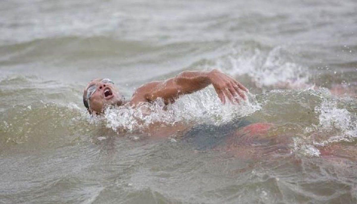 Un parapléjico cruzó a nado el Bermejo - Crédito:Esteban Verellen
