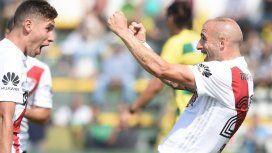 River madrugó, le ganó a Defensa y sueña con entrar a la Libertadores 2019