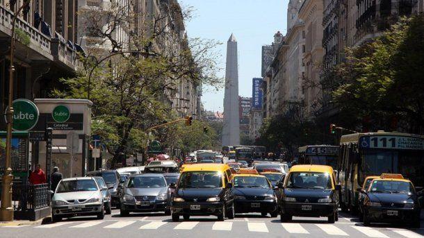 Los autos particulares deberán tener desde este martes el permiso de ingreso a centro peatonal.