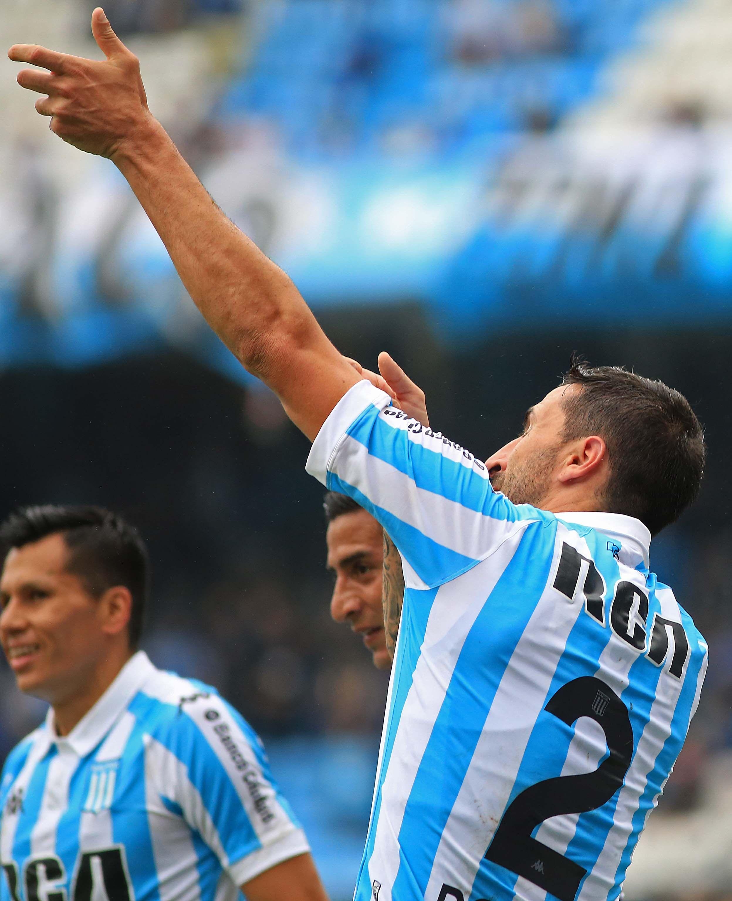 Alejandro Donatti celebra su gol