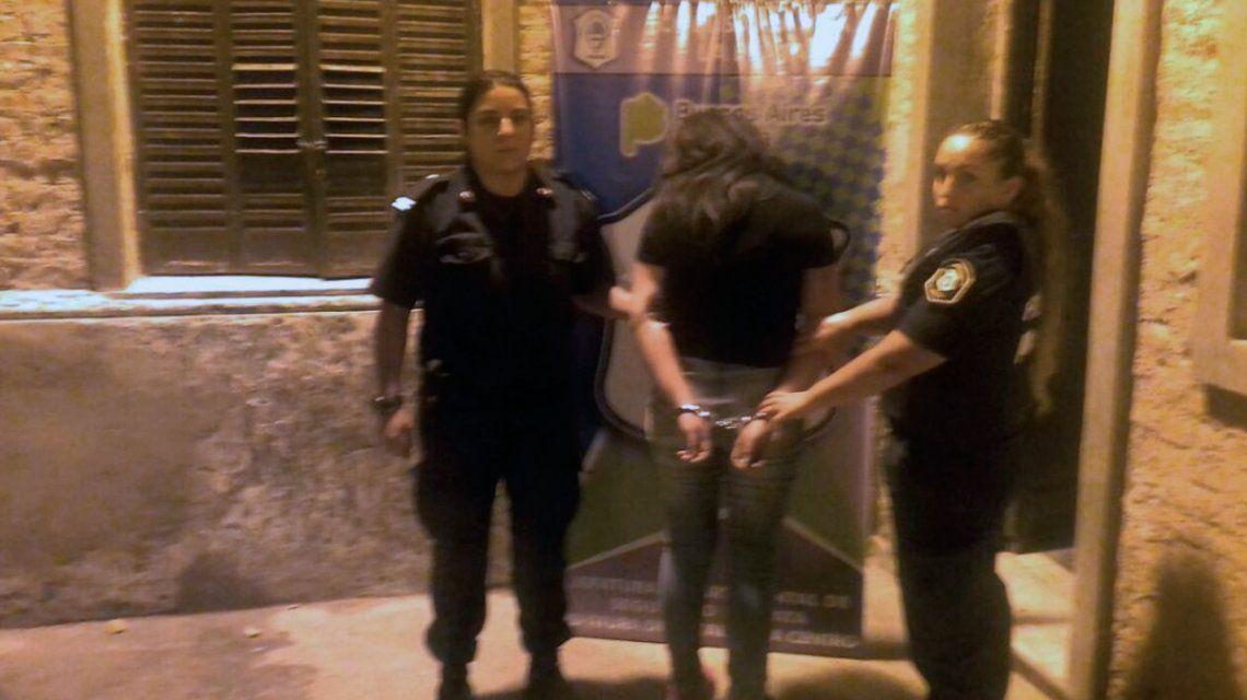 Separaron del cargo al penitenciario que instaló la tobillera electrónica a la ex policía que salió a robar