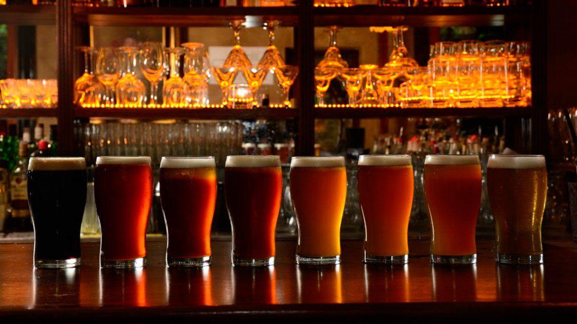 Buenos Aires vibra por La Noche de las Birrerías: conocé los bares que participarán