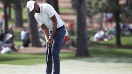 Terrible momento en el golf: festejaba un hoyo en uno y se rompió el tobillo