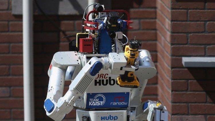 KAIST es reconocida internacionalmente por sus desarrollos vinculados en Inteligencia Artificialm entre ellos el robot DRC-HUBO