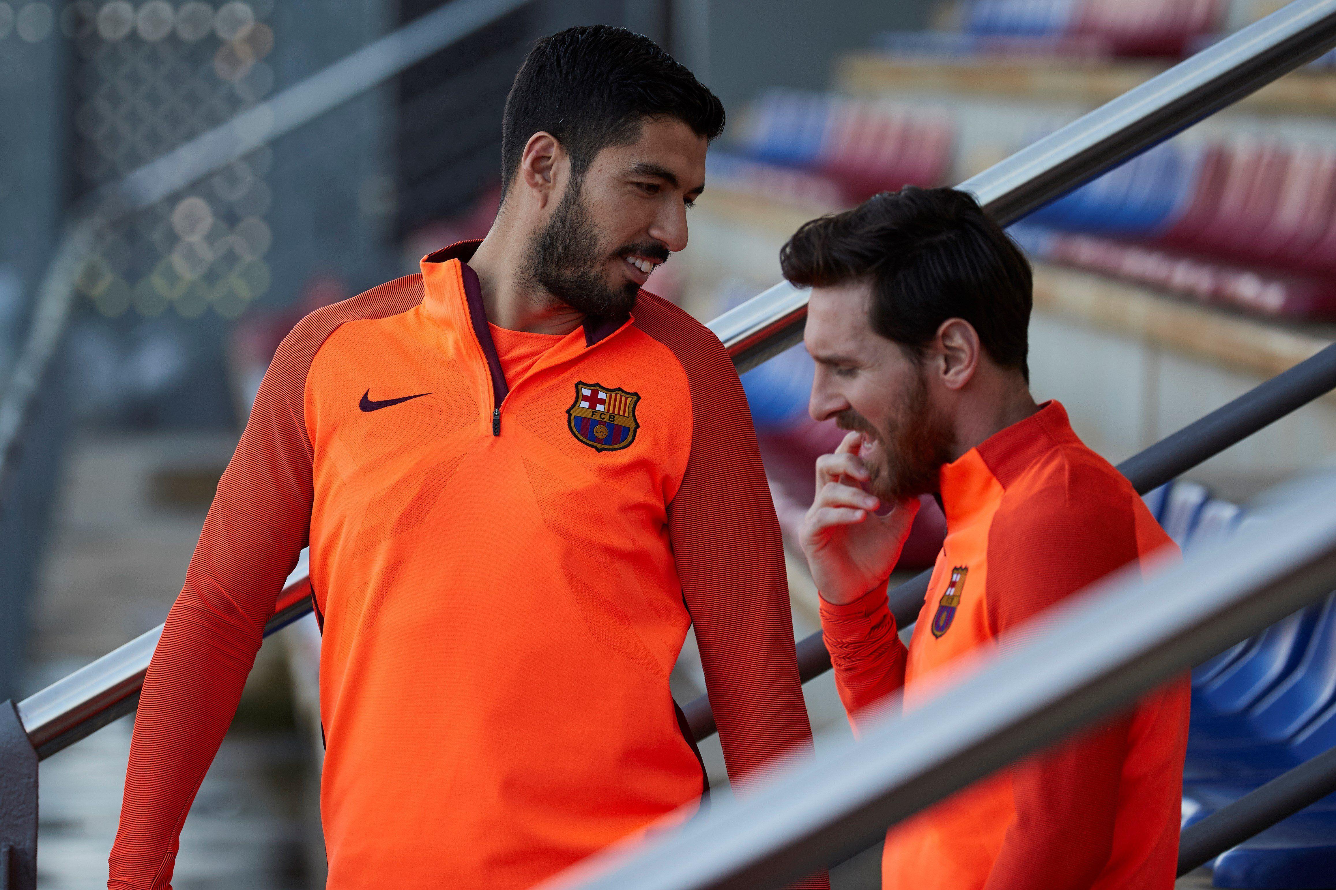 El Barcelona estudia vender a Suárez por ser una influencia negativa sobre Messi