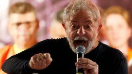 Lula participará este sábado de una misa en memoria de su esposa