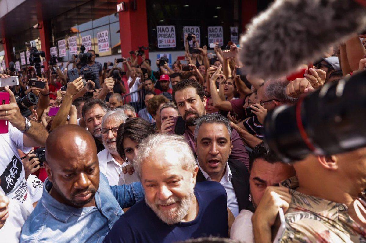 Las 15 frases más fuertes de Lula antes de entregarse a la policía