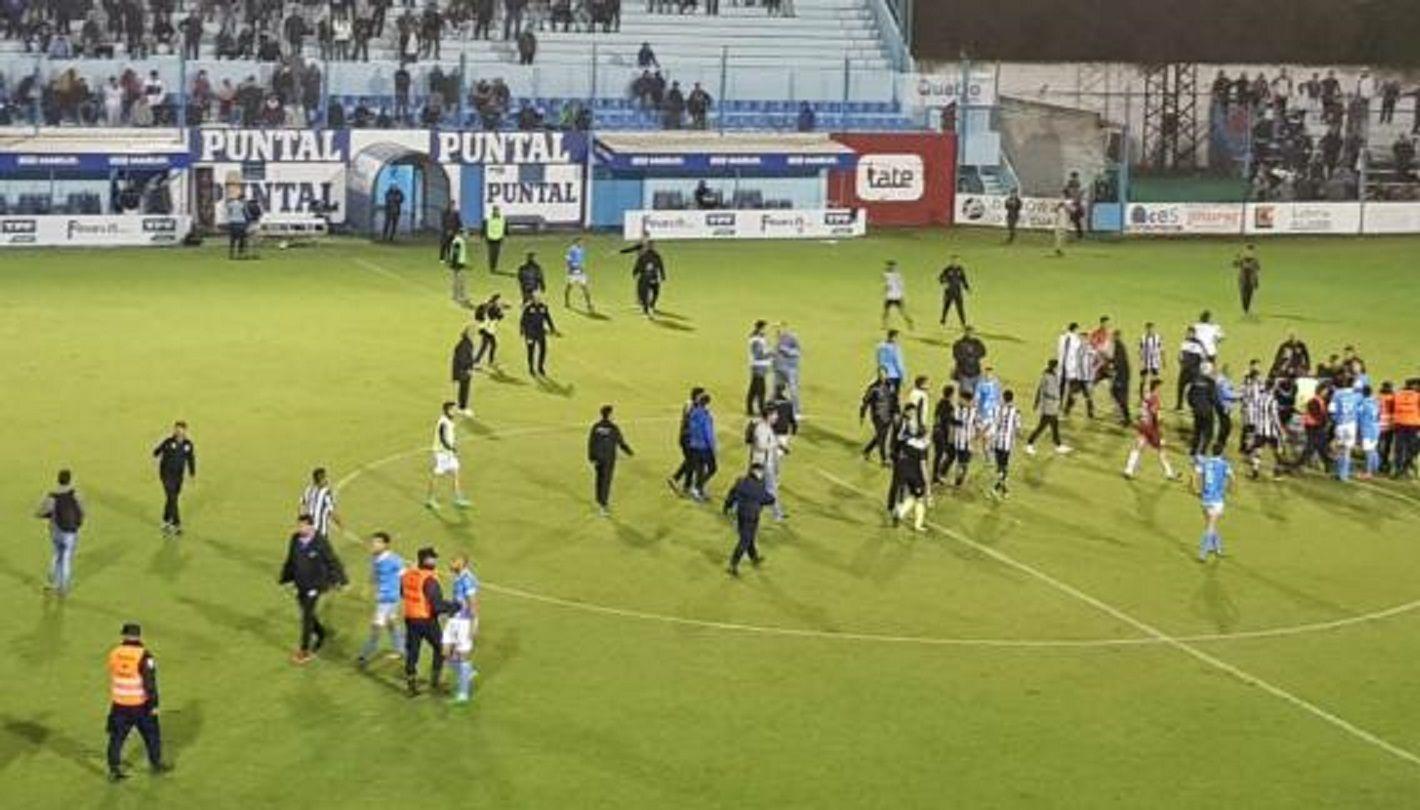 VIDEO: Batalla campal durante un partido en Río Cuarto