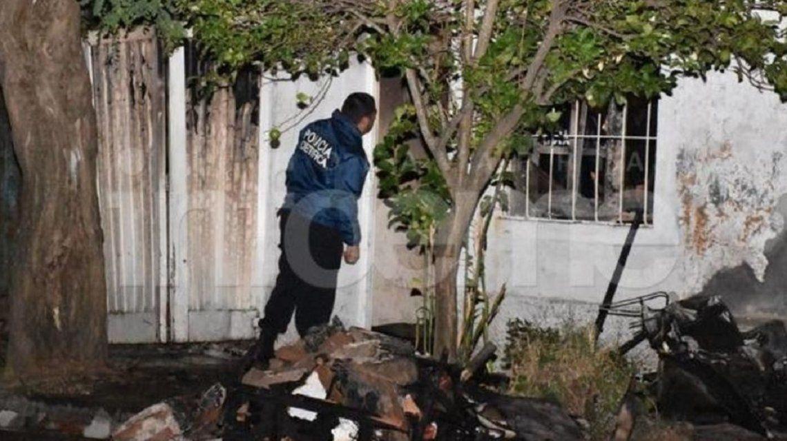 Mató a su mujer y a sus dos hijos e incendió la casa para simular un accidente en Olavarría