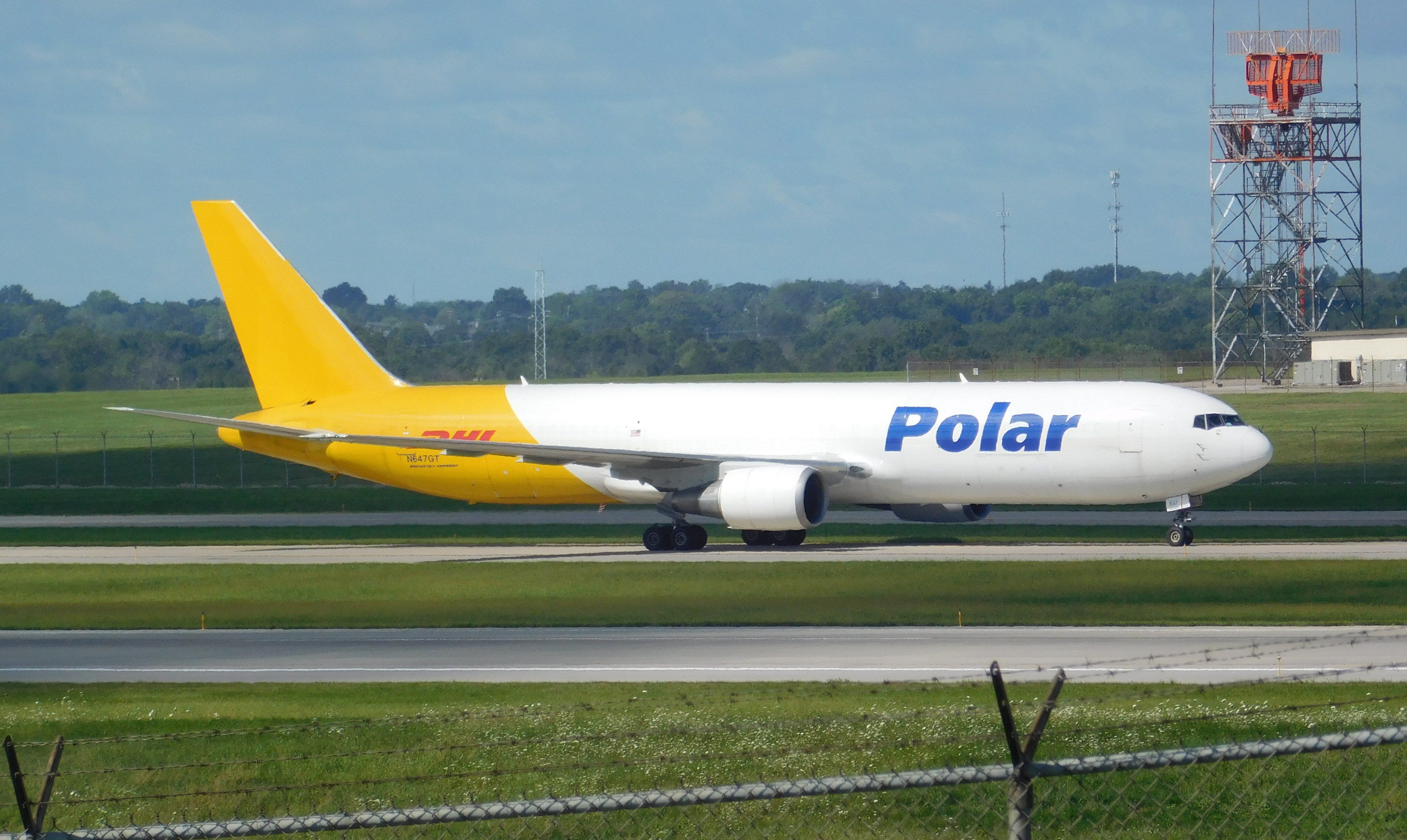 El Gobierno autorizó a Polar Líneas Aéreas a volar por el país