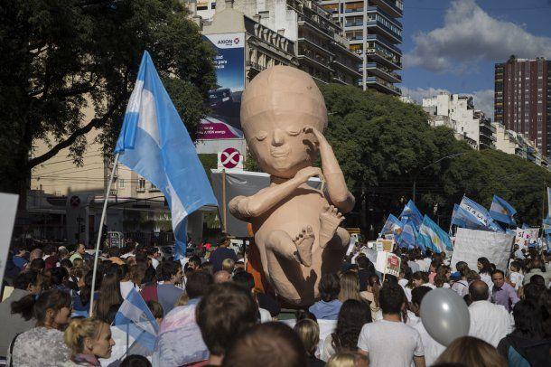 Manifestante en contra de la legalización del aborto realizarán un