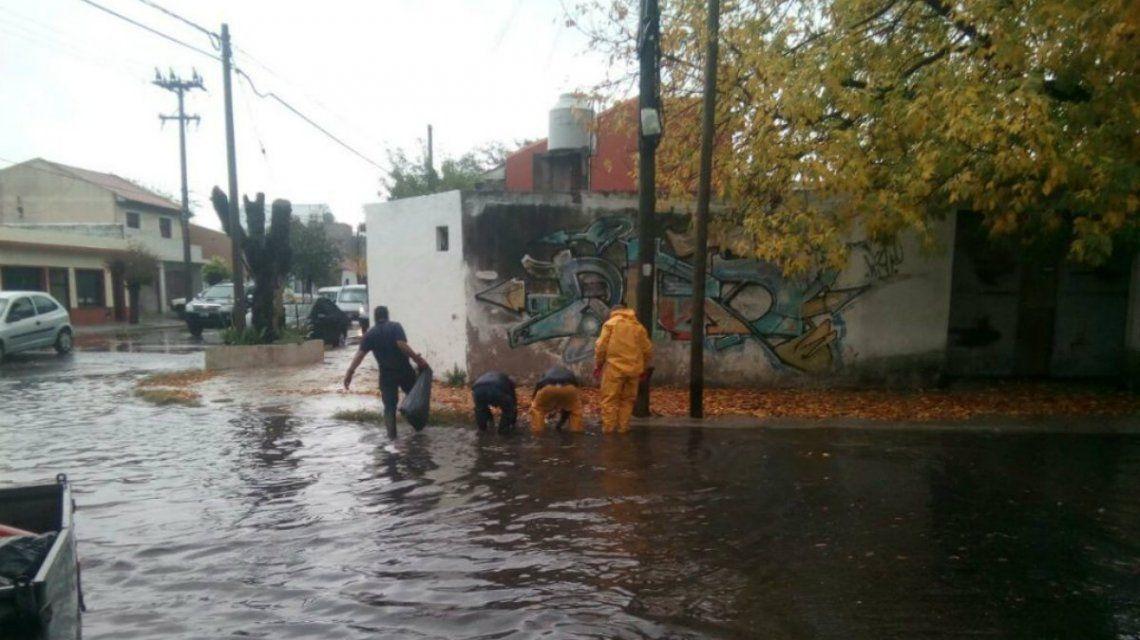 Las calles de Mar del Plata están anegadas después de 50mm de lluvia