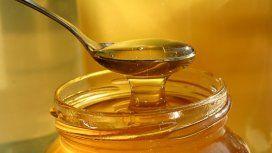 La Anmat prohibió el consumo y la venta de una marca de miel