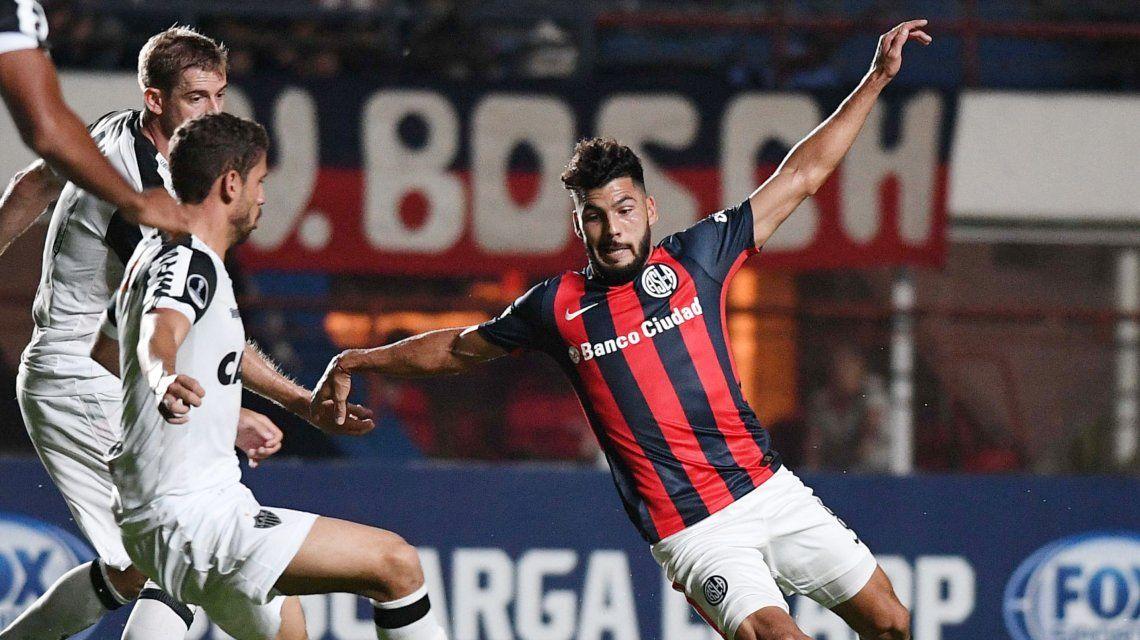 San Lorenzo y Atlético Mineiro en el Nuevo Gasómetro