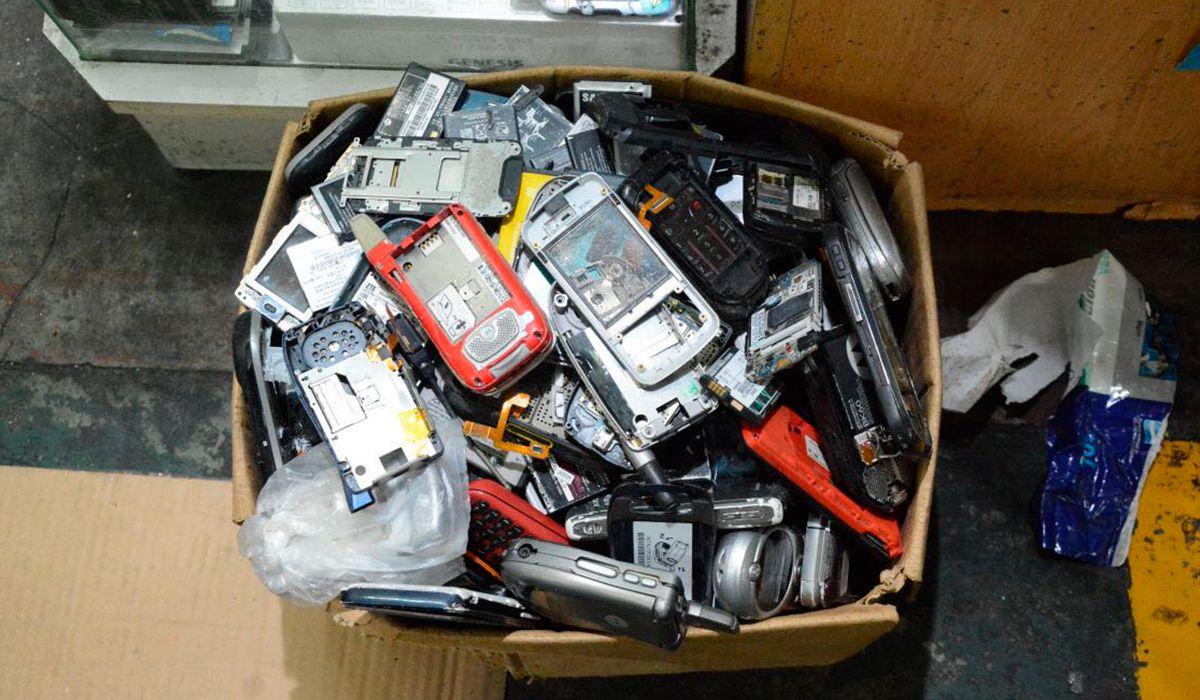 Estos son algunos de los teléfonos recuperados