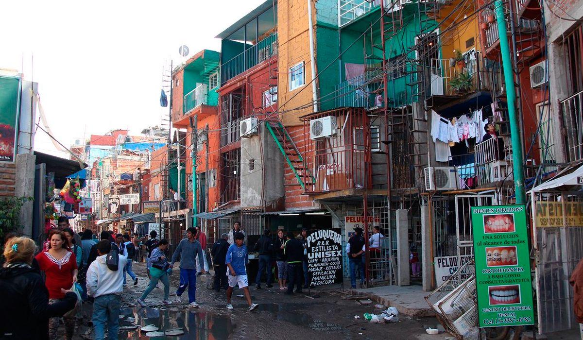Villas: ONGs piden un estricto control del plan de urbanización de Macri