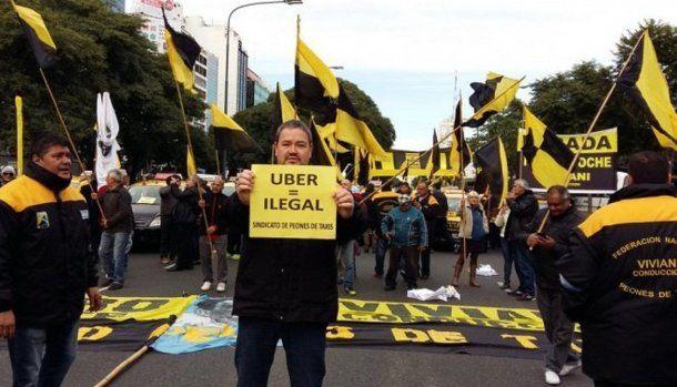 Marcha de taxistas a Tribunales en octubre de 2016 para pedir que se investigue a Uber