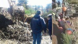 Rescataron a un obrero enterrado en La Angostura