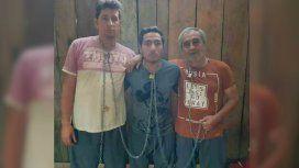 Izquierda a derecha: el fotógrafo Paúl Rivas (45), el periodista Javier Ortega (32) y el choferEfraín Segarra (60)