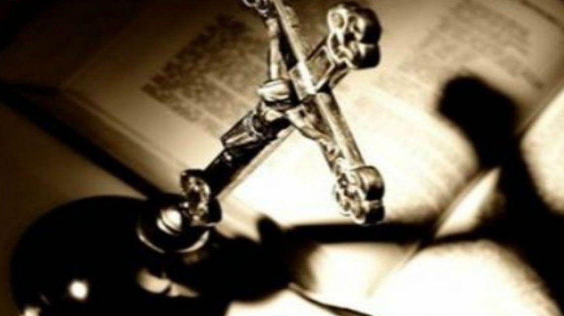 Neuquén: un pastor evangélico aprovechó un exorcismo y violó a una mujer