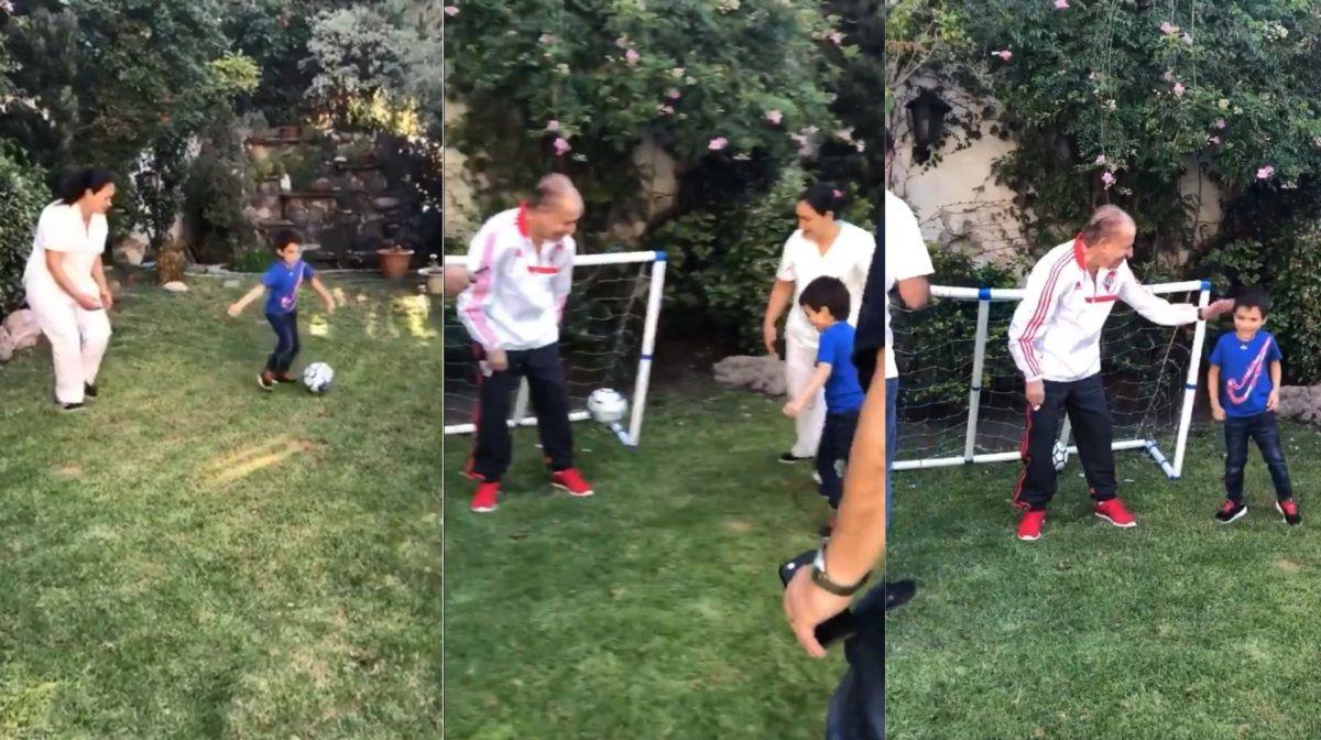 Carlos Menem jugó al fútbol con uno de sus nietos