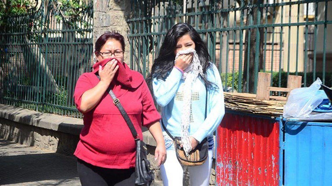 Vecinos reportan olor a gas en la Ciudad.