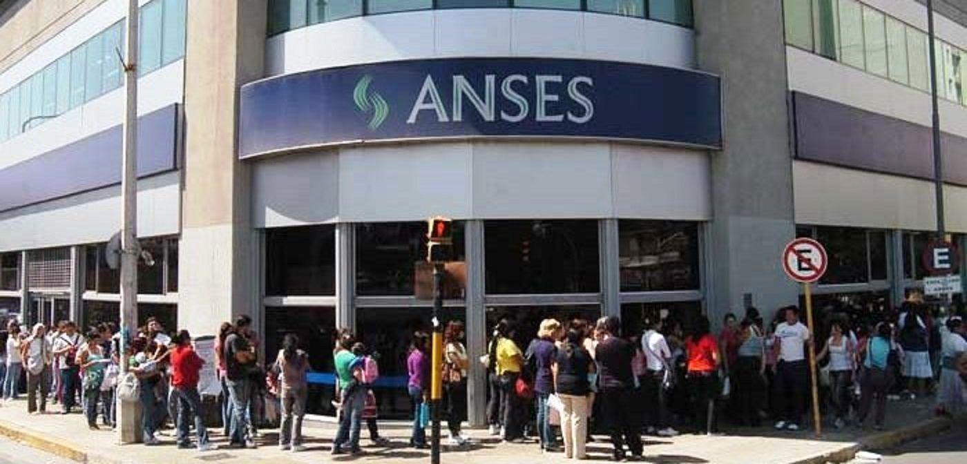 ¡Atención, jubilados! La Anses no atiende este martes en todo el país por el Día del Trabajador Previsional