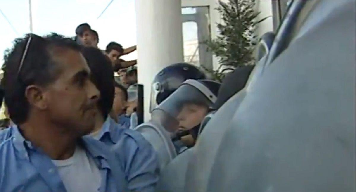 Protesta de colectiveros por la muerte de Leandro Alcaraz