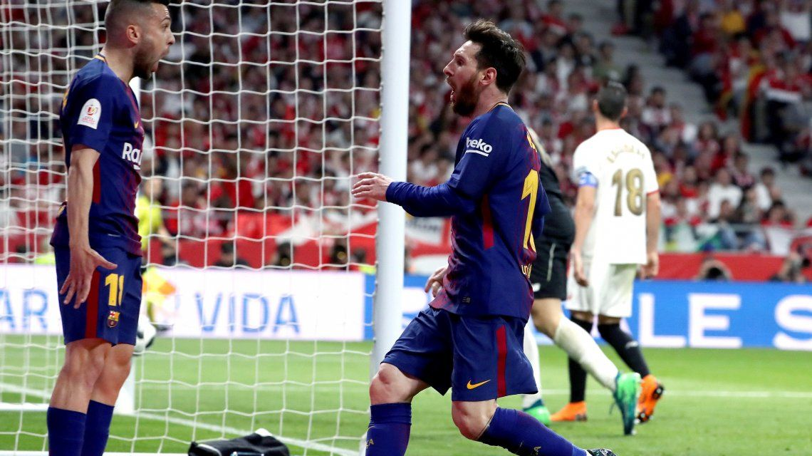 La Pulga saluda a Jordi Alba