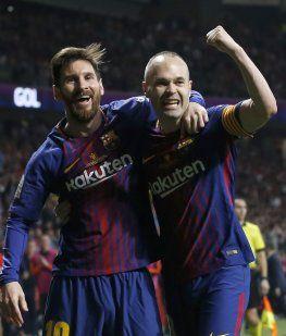 Messi e Iniesta, las dos figuras de la noche en Madrid