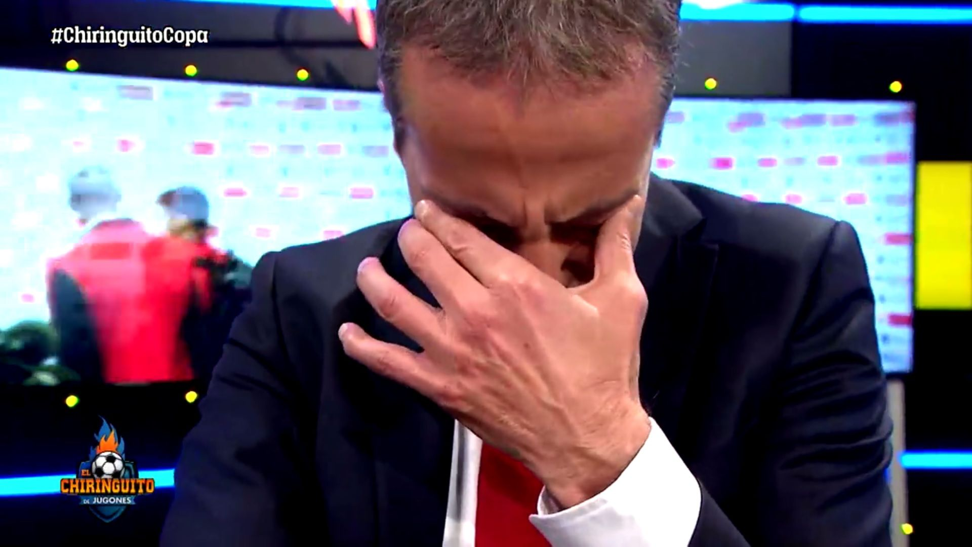 Copa del Rey: un periodista se largó a llorar en vivo tras la derrota del Sevilla ante Barcelona