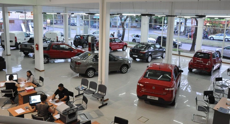 Las transferencias online de autos y motos serán un 40% más baratas