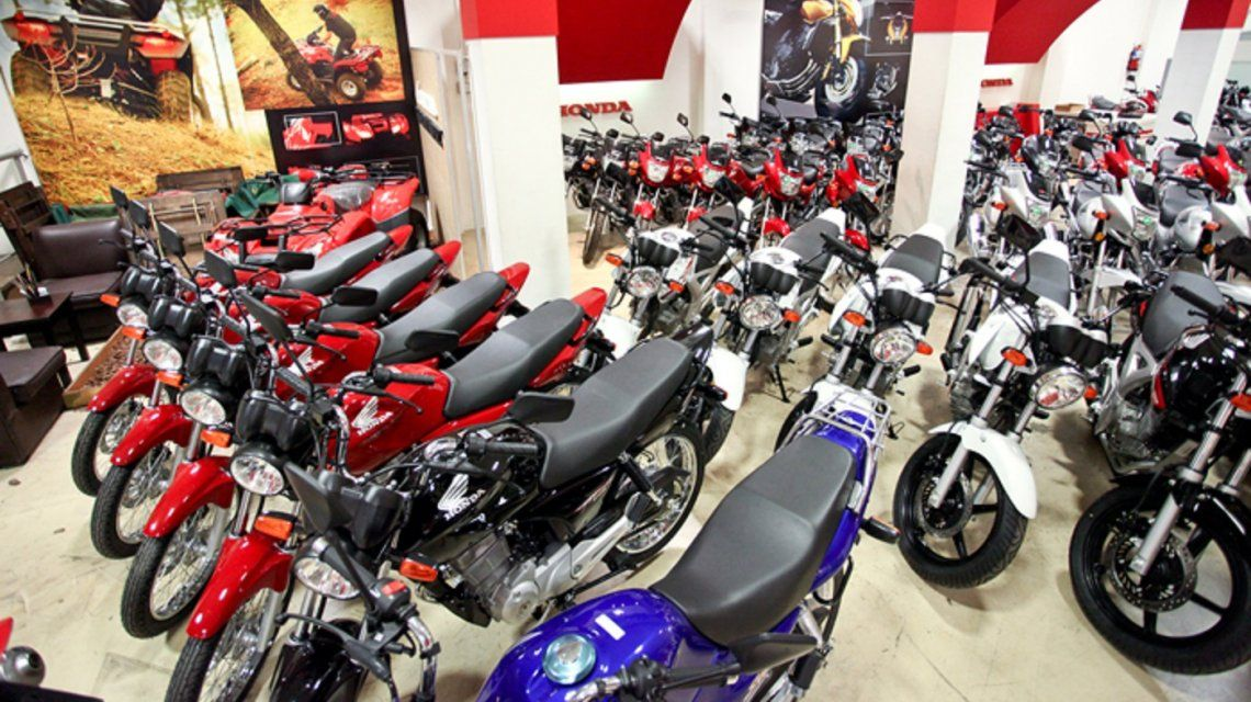 Ni el plan Ahora 12 ayudó: las ventas de motos se derrumbaron 44,5% en junio