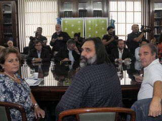 docentes bonaerenses buscan la mediacion de la iglesia para resolver el conflicto salarial