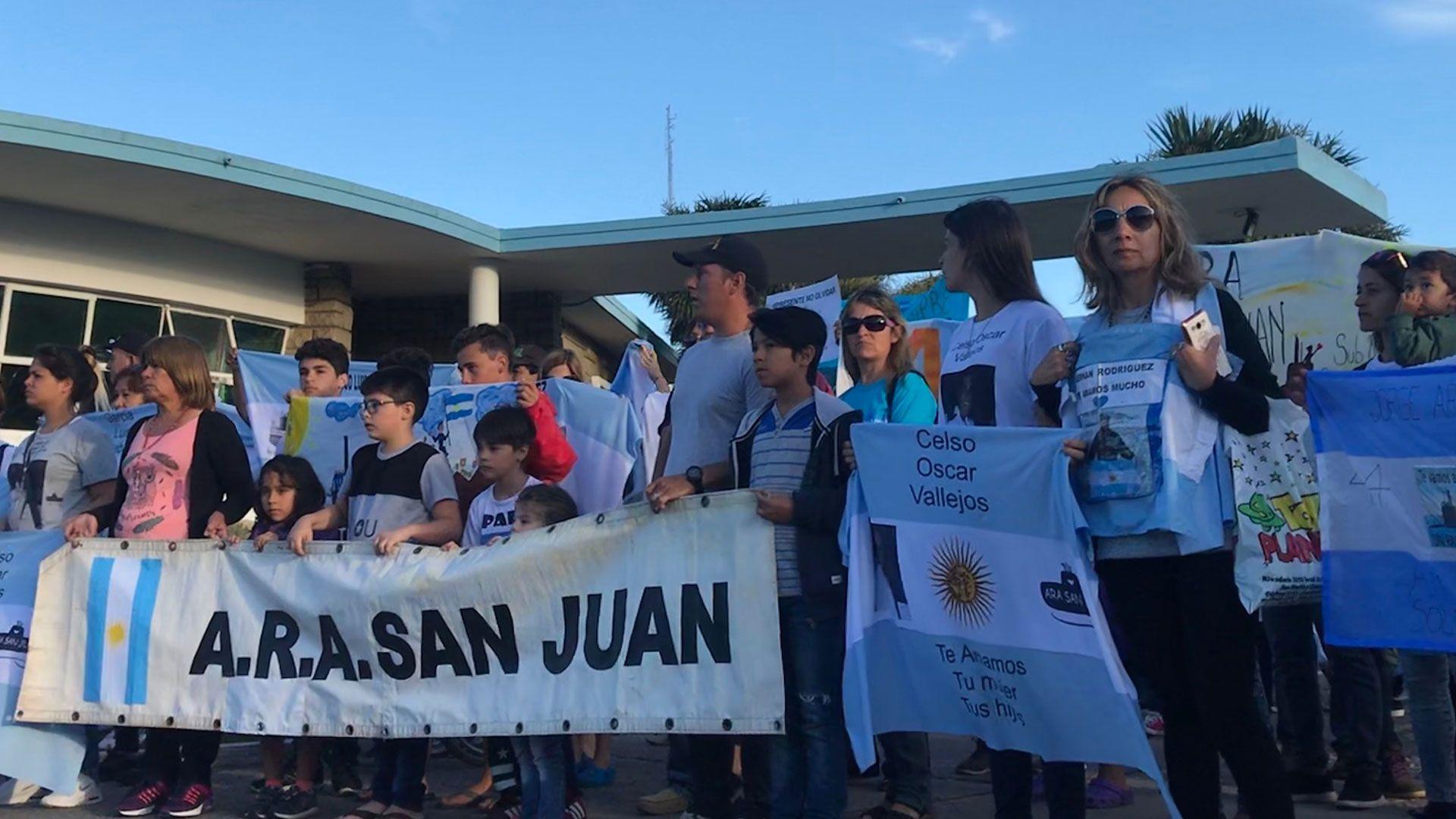 Familiares de los tripulantes del ARA San Juan hicieron la denuncia sobre escuchas ilegales