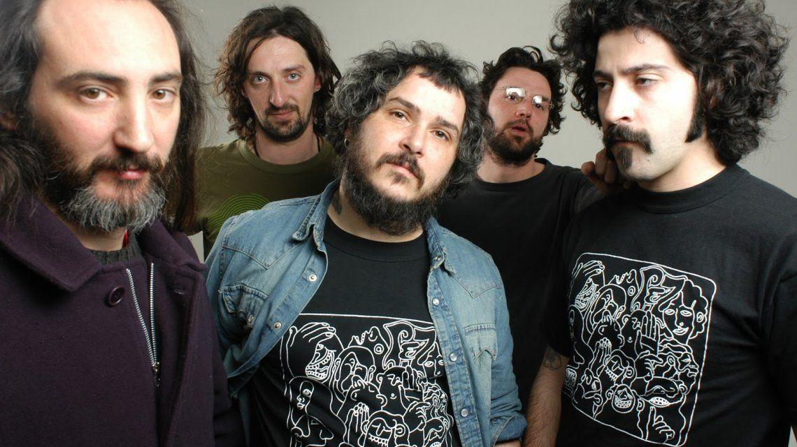 El baterista de Pez fue acusado de abusador y violento.