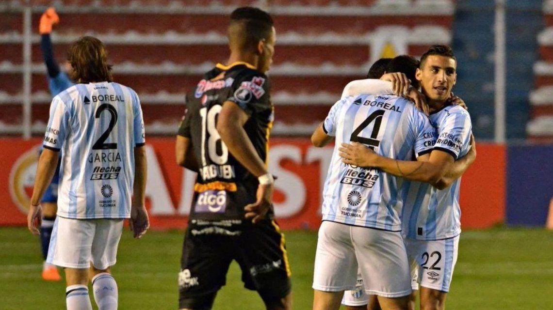 Atlético Tucumán le ganó a The Strongest en la altura y va por más