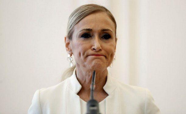 Cristina Cifuentes anunció su renuncia tras la polémica por el video del robo en un supermercado.