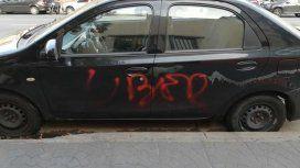 Destrozaron dos autos creyendo que trabajaban con Uber: eran remises