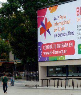 Hoy se inaugura la Feria del Libro con un recital de Jorge Drexler frente al predio de La Rural