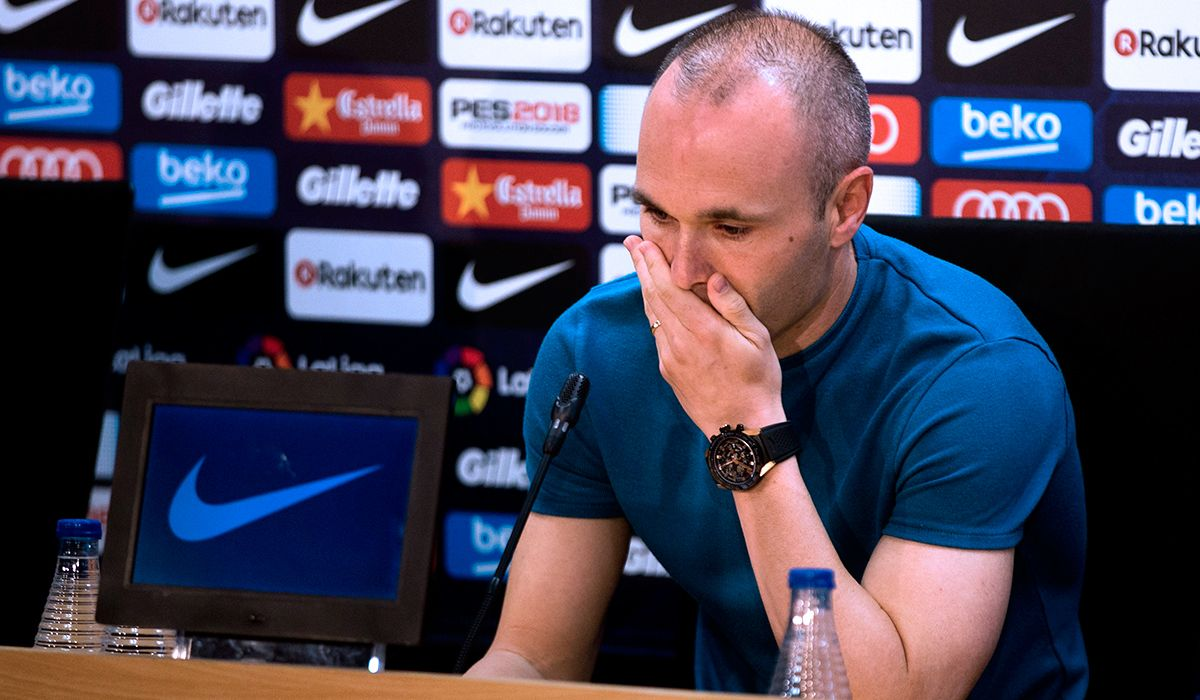 Iniesta anunció que deja el Barcelona: Es mi última temporada