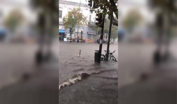 Así fue el temporal de este viernes por la tarde en La Plata