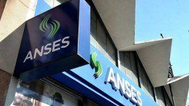 El Gobierno recomprará bonos de deuda mediante ANSES