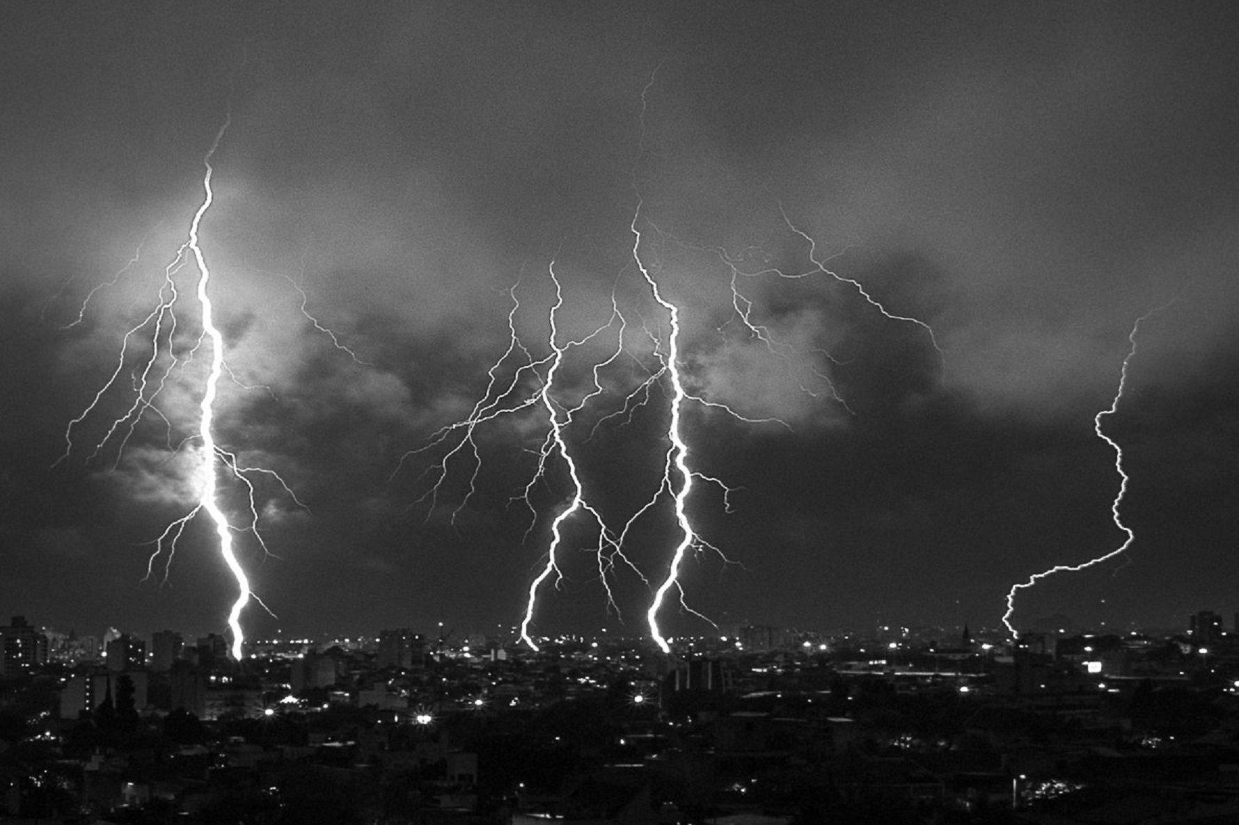 Alerta por probables tormentas eléctricas en la Ciudad y alrededores
