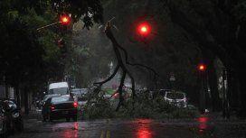 Tres de Febrero: murieron dos personas electrocutadas por el temporal