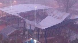 Se derrumbó el techo del club donde empezó a jugar Tevez en Fuerte Apache y piden su ayuda