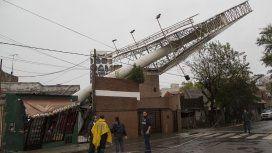Así quedó un enorme cartel en la localidad bonaerense de Sáenz Peña